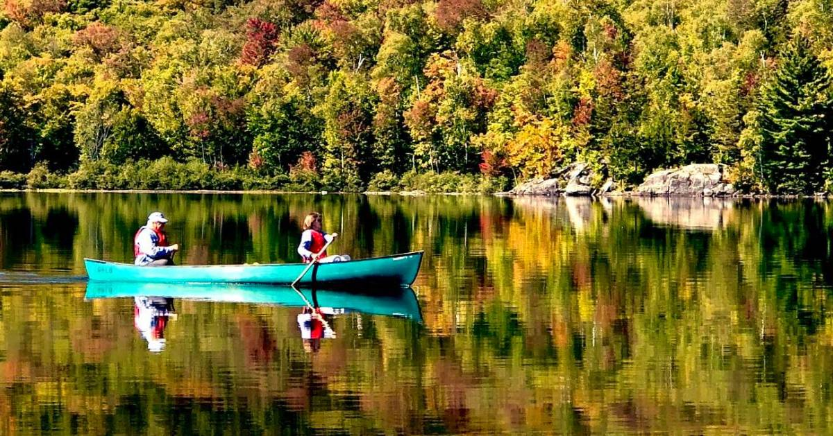 kayakers in the fall