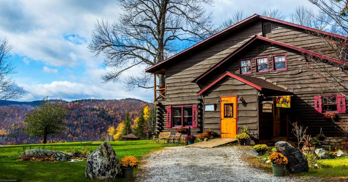 lodge in the fall